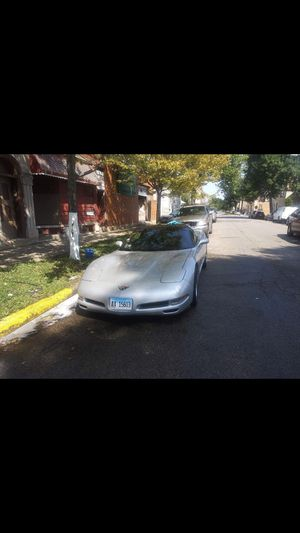 1998 Chevy Corvette! In excellent conditions 95k original miles!!!!!! for Sale in Chicago, IL