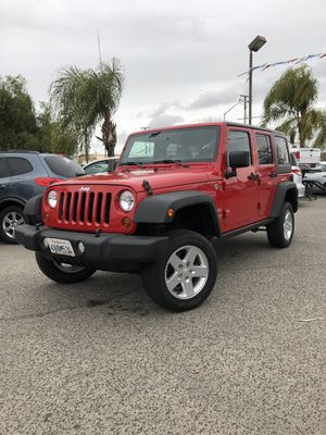 2012 JEEP WRANGLER UNLIMITED 4X4 for Sale in Fresno, CA