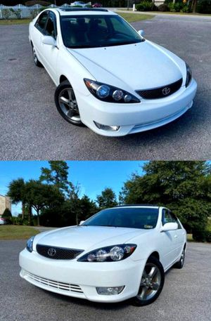 Price$5OO Camry 2OO4 Sedan for Sale in Rockville, MD