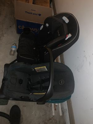 Two car seats for Sale in Orlando, FL