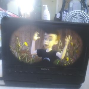 Sony portable dvd player for Sale in Chicago, IL
