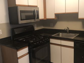 Kitchen cabinets for Sale in Edison,  NJ