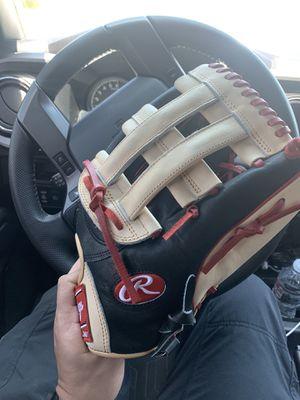 Rawlings Glove for Sale in Gilbert, AZ