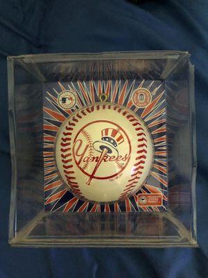 Brand New Year York Yankees Christmas Ornament for Sale in Deerfield Beach, FL