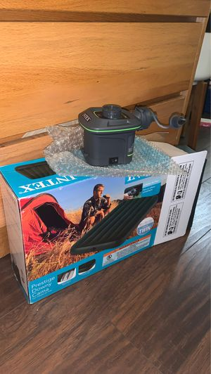 Air Mattress with Pump for Sale in Compton, CA