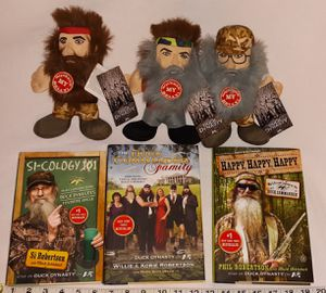 Duck Dynasty Talking Plush w Books $5 for all pu in Franklin for Sale in Franklin, IN