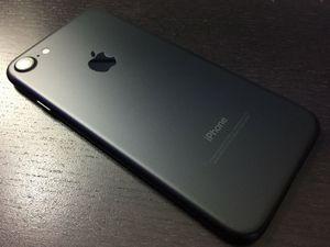 Apple iPhone 7 32GB Factory Unlocked for Sale in Alexandria, VA