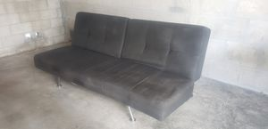 Awesome couch! for Sale in HALNDLE BCH, FL