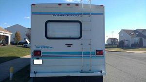 2000 winnebago minnie Winne tires have about 85% life for Sale in Albuquerque, NM