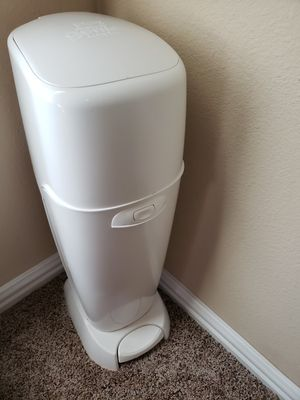 Playtex Diaper Genie Pail for Sale in Frisco, TX