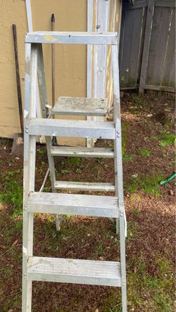 Ladder used for Sale in Redmond,  WA