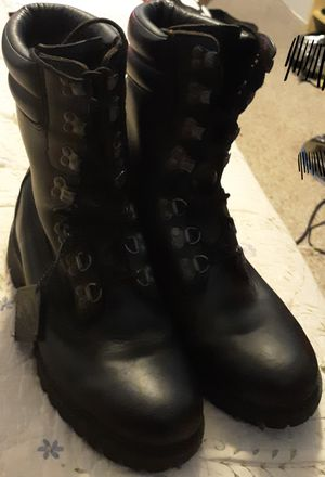 Timberland Vibram Men's Black Waterproof Boots size: 9.5 M. (2940) for Sale in Fort Washington, MD