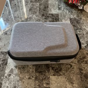 VR CARRYING CASE for Sale in Stevenson Ranch, CA