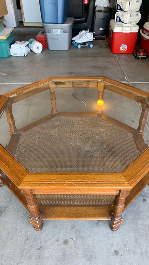 Crystal topped den table for Sale in Goodyear, AZ