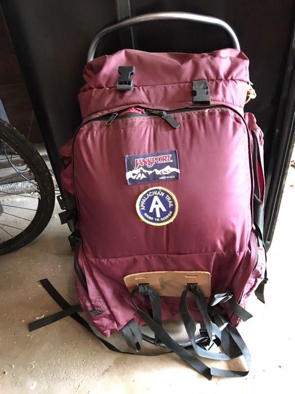 Unisex Medium Backpacking Backpack