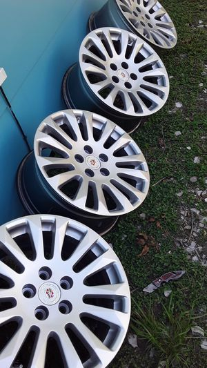 Cadillac rims size 17inches just rims no tires I'm asking 160 obo thanks for your time for Sale in Houston, TX