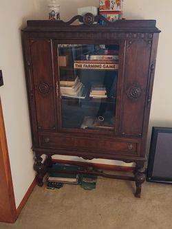 Antique China Cabinet for Sale in Rustburg,  VA