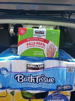 Disinfecting. Hand wipes 40 for both for Sale in Moreno Valley, CA