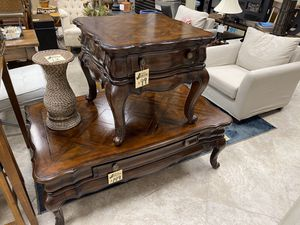 A.R.T Coffee & End Table for Sale in Winter Garden, FL