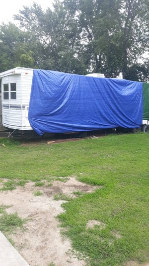 Canterbury 36 ft mobile home free for Sale in Chicopee, MA