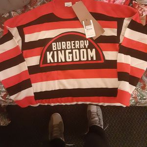 Burberry Sweater for Sale in Seattle, WA