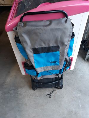 American camper Backpack . Like new . Excellent condition and very clean for Sale in Everett, WA