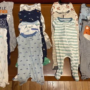 NEWBORN-3 MONTHS BABY BOY LONG SLEEVE SLEEPERS for Sale in Montgomery Village, MD