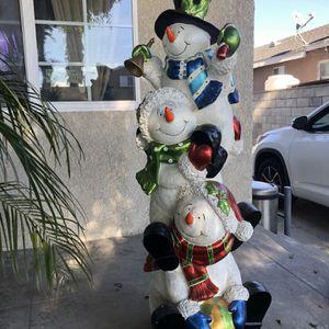 Large 5foot Snoawman. for Sale in Lynwood, CA