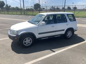 Honda CRV 1999 leather interior CLEAN TITLE for Sale in Anaheim, CA