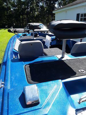 15ft Bass Boat for Sale in Felton, DE