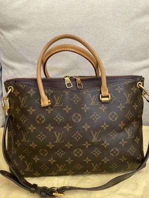 Louis Vuitton Limited Edition Monogram Palace Bag for Sale in Las Vegas, NV