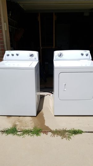 Whirlpool Washer and Dryer AS IS washer keeps water, need cleaning and repair for Sale in Norman, OK