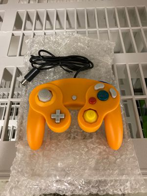 Wired NGC Controller for Nintendo GameCube- Orange (NEW) for Sale in Lockport, NY