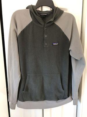 Patagonia men's fleece hoodie size medium for Sale in Piru, CA