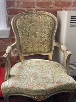 Vintage Accent chair for Sale in Los Angeles,  CA