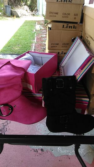 Boots for little girls for Sale in DeLand, FL