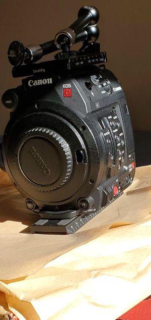 Canon EOS C200B Cinema and Sigma 35 mm 1.4 lense for Sale in Philadelphia, PA