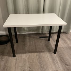 Table for Sale in Chula Vista, CA