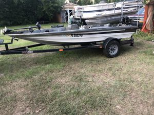 Bass boat for sale for Sale in Valrico, FL