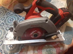 "Milwaukee m18 -6-1/2"" circular saw with battery for Sale in San Jose, CA"