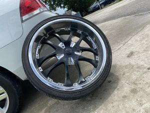 "22"" rims Crome and black for Sale in Convent, LA"