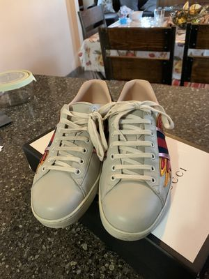 Gucci Ace flame size 10us (9gucci) for Sale in Oakland, CA