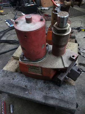 Western isometric plow pump for Sale in Elgin, IL