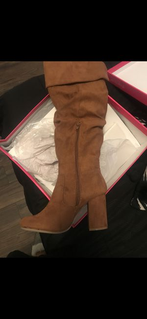 Brown ladies women's boots (5.5) for Sale in Long Beach, CA