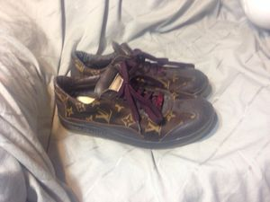 Womens size 9 LV DESIGNER SHOES SNEAKERS for Sale in Pittsburgh, PA