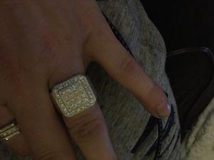 Big 1.54 carat high quality diamonds (SI2 SI3) .925 sterling silver for Sale in Dakota, MN