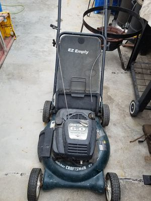 Craftman lawn mower for Sale in Los Angeles, CA