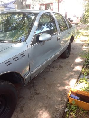Chevy caprice with a corvette motor for Sale in Dallas, TX