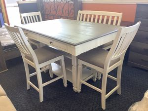 New Grey & White Solid Wood Counter Height Table w/ 3 Chairs & Bench for Sale in Virginia Beach, VA