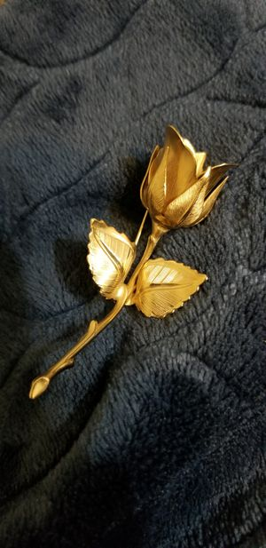 Christmas Rose Brooch, Giovanni By Longcraft for Sale in Austin, TX